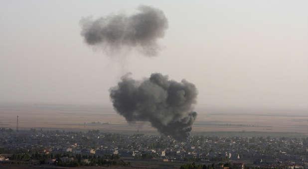 Reuters-Iraq-Makhmur-Kurdish-Peshmurga-Islamic-State-photog-Azad-Lashkar