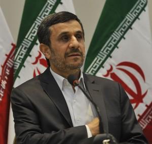 Mahmoud Ahmadinejad, ex-presidente do Irã, na Conferência da ONU sobre Desenvolvimento Sustentável no Rio de Janeiro, Brasil, 21 de junho de 2012